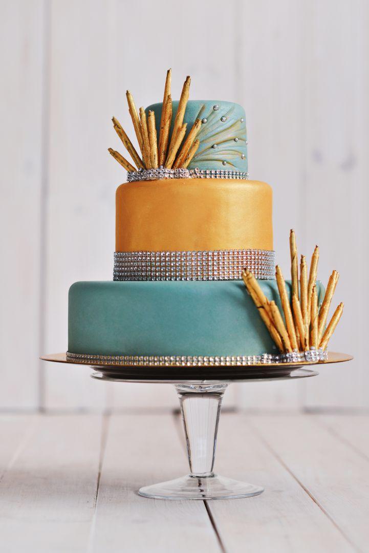Kolorowy tort weselny Glamour